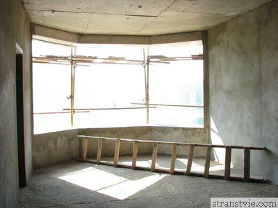 гостиная окно