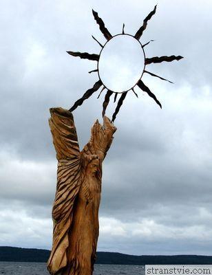 деревянная скульптура на набережной петрозаводска