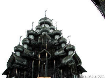 Купола церквей острова Кижи