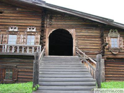 Русская изба на острове Кижи