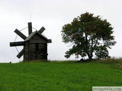 Мельница на острове Кижи