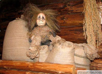 Амбарник в петрозаводске в музее кукол