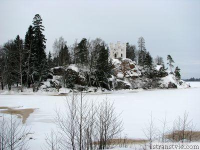 Замок - усыпальница Людвигштайн