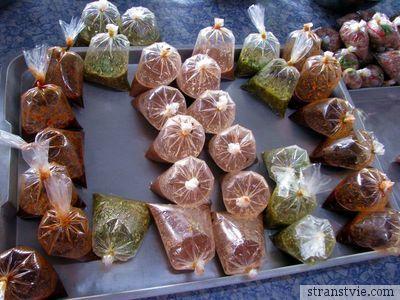 Тайская еда в пакетиках