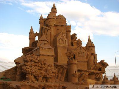 Замок из песка в Коломенском