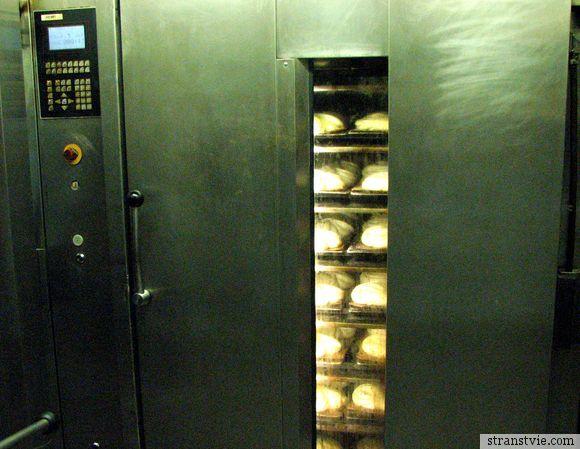 Печь на хлебозаводе