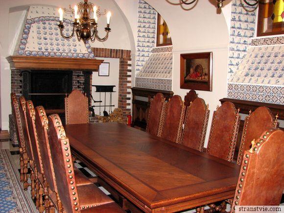 Зал для обедов в Стрельне