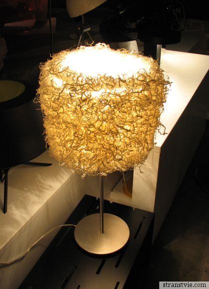 Светильник из личинок шелкопряда