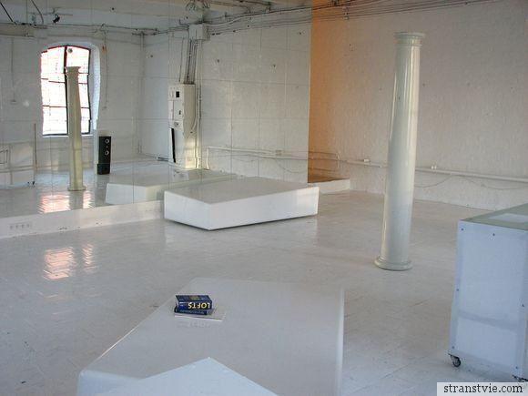 Студия в фабричном цехе