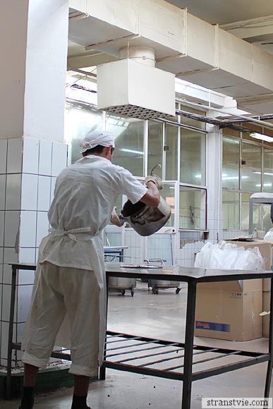Процесс изготовления шоколадной стружки